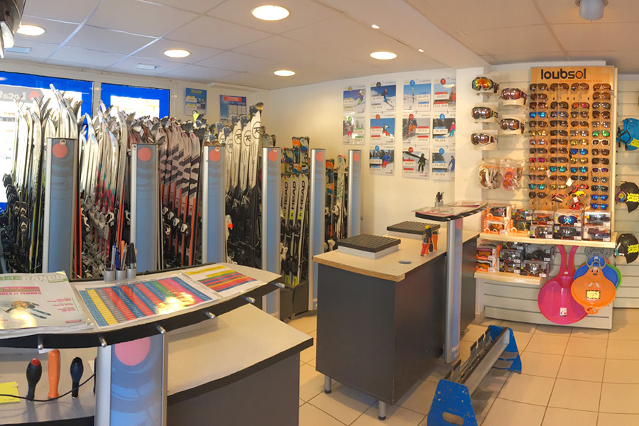 Ski rental La Toussuire Intersport